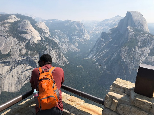 Yosemite National Park - a guide for exploring the park during summer at Kelly Luvs.